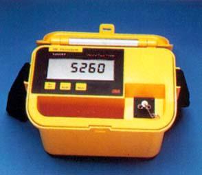 光ケーブル故障位置測定器
